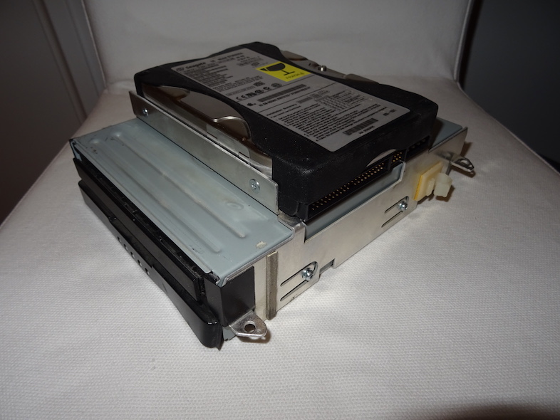Chassis ATA : Assemblé, sans cache HDD