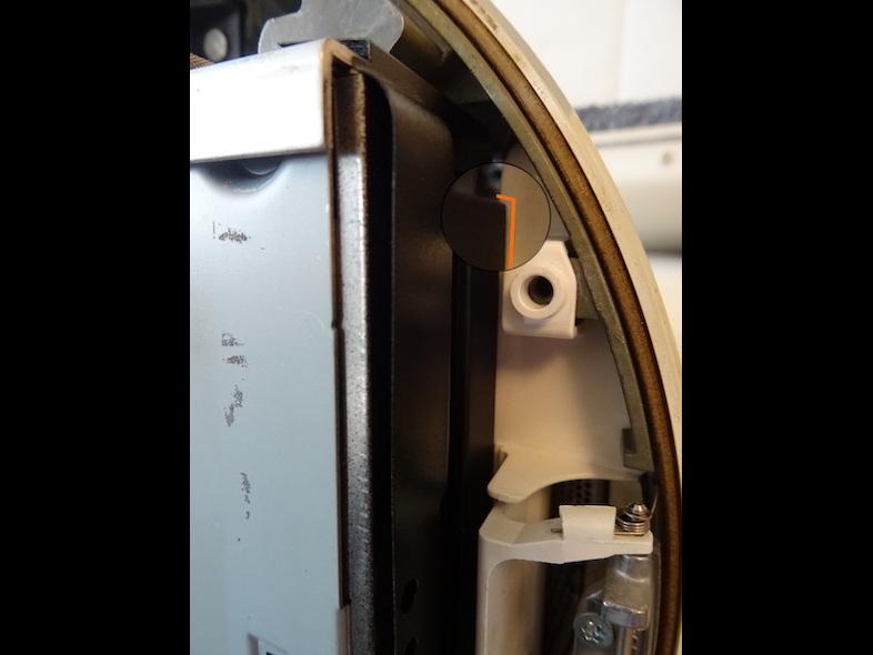 Chassis ATA : Le lecteur DVD ne passe pas : zoom